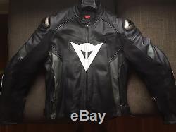 Dainese Veloce Leather Motorcycle Jacket Size 56